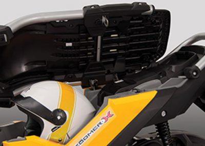 zoomer-x-ampliocompartimento